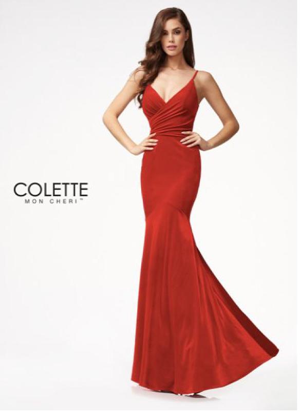 Colette Velvet Gown – Red