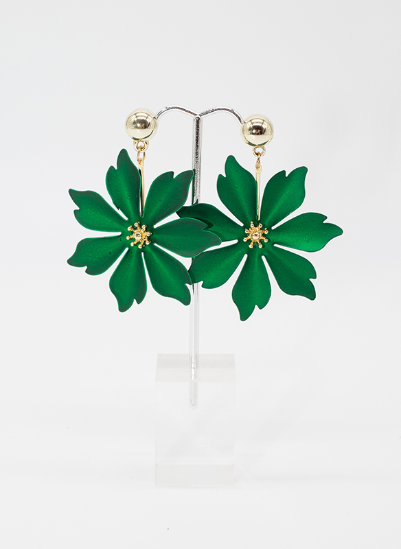 Sonya's Emerald Metal Flower Earrings